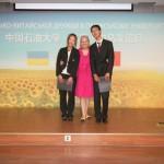 Людмила Скирда зі студентами, які декламують її вірші