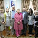 Людмила Скирда, Ю.В. Костенко з працівниками Генерального консульства України в м. Шанхай